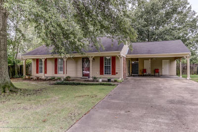 Horn Lake Single Family Home For Sale: 6365 Jamestown Drive