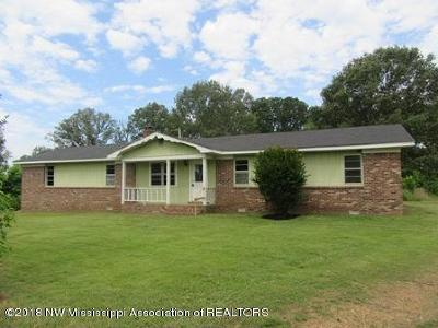 Tate County Single Family Home For Sale: 2432 Rader Creek Road