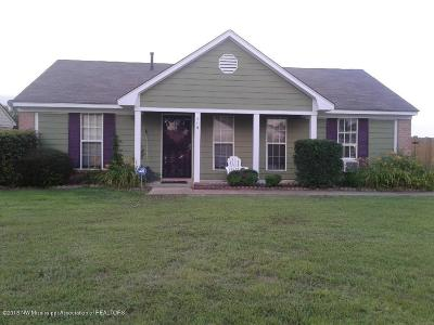 Tate County Single Family Home For Sale: 119 Muscadine Drive