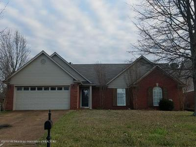 Olive Branch Single Family Home For Sale: 9235 Plantation Lakes Drive