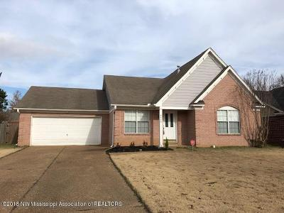 Horn Lake Single Family Home Active/Contingent: 4490 Shadow Glen Cove