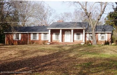 Tate County Single Family Home For Sale: 16145 E Highway 4