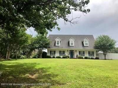 Tate County Single Family Home For Sale: 656 Flag Lake Road