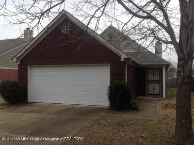 Desoto County Single Family Home For Sale: 5592 Kayla Drive