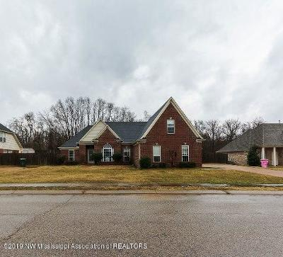 Desoto County Single Family Home For Sale: 2188 N Ansley Park
