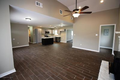 Southaven Single Family Home For Sale: 37 Stonebrook Cove