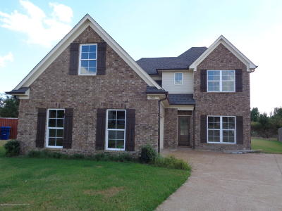 Horn Lake Single Family Home For Sale: 1533 Belingraf Cove