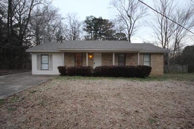 Hernando MS Single Family Home For Sale: $149,900