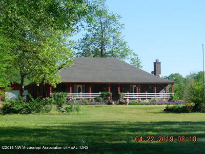 Tate County Single Family Home For Sale: 22015 Highway 4