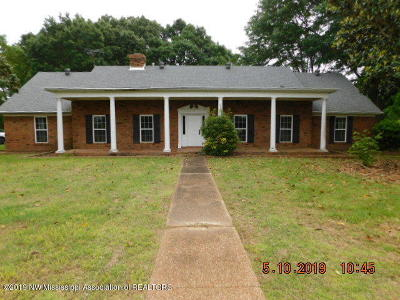 Walls Single Family Home For Sale: 6930 Poplar Corner Road
