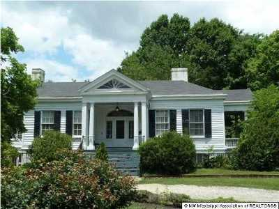 Holly Springs Single Family Home For Sale: 166 & 180 S Craft Street