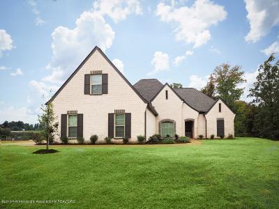 Byhalia Single Family Home For Sale: 200 Polo Run Cove