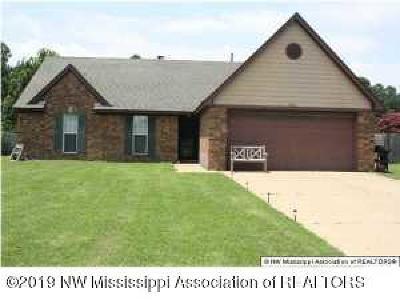 Horn Lake Single Family Home For Sale: 6865 Dunbarton Drive