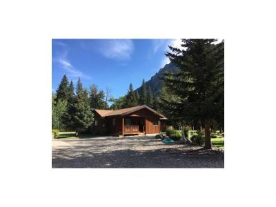 Single Family Home Contingency: 9 Moose Haven Loop