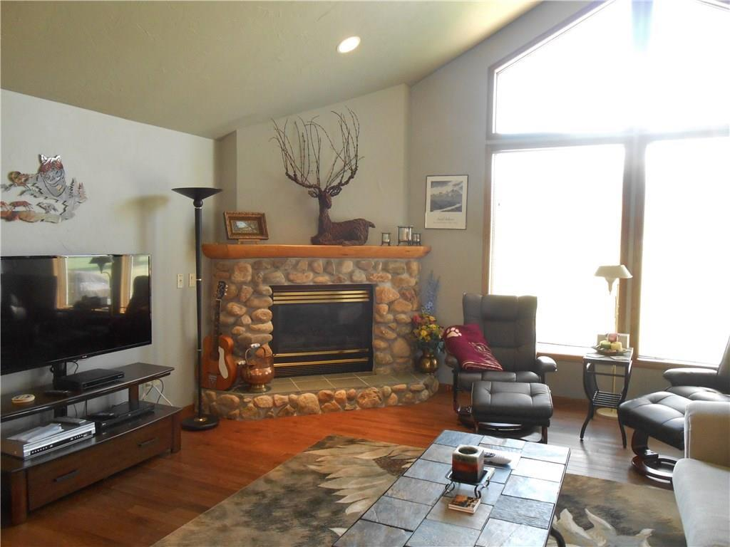 listing 570 upper continental red lodge mt mls 275411