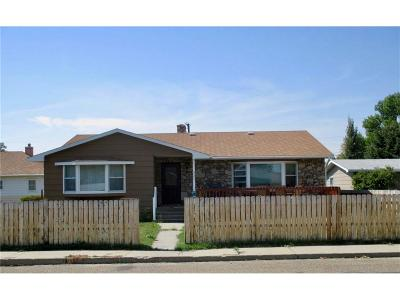 Single Family Home For Sale: 927 New York Street, Chinook