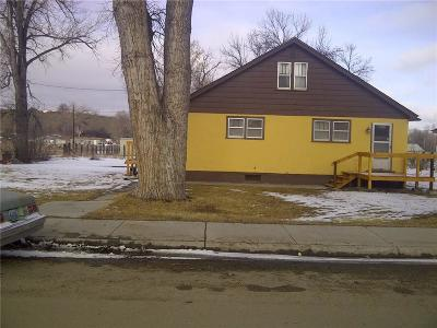 Single Family Home For Sale: 105 S 1st Street