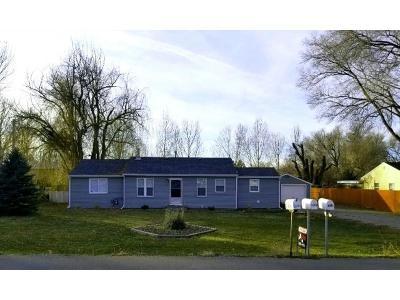 Single Family Home For Sale: 138 Piccolo Lane