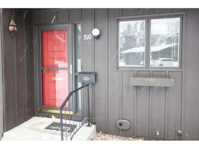 Condo/Townhouse For Sale: 910 13th St. W