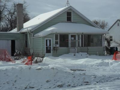 Single Family Home Contingency: 936 Miles Avenue