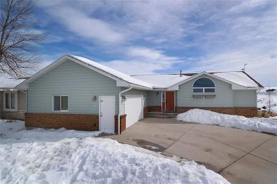 Single Family Home Contingency: 3536 Glenfinnan Road