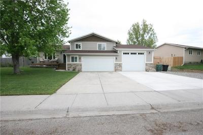 Single Family Home For Sale: 657 Oasis