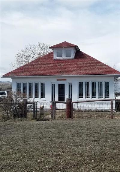 Single Family Home For Sale: 203 3rd Ave-Ingomar