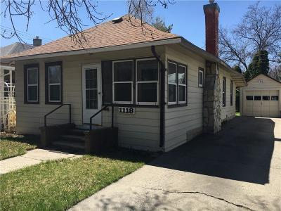 Single Family Home For Sale: 1118 2nd Street W
