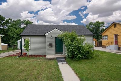 Single Family Home For Sale: 1016 Avenue C