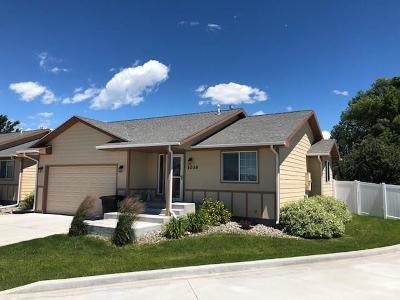 Condo/Townhouse For Sale: 1036 Claremore Ln.