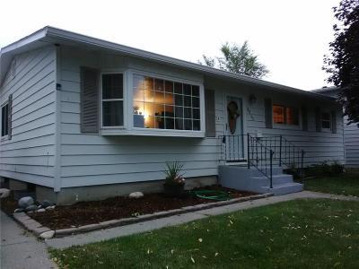 Single Family Home For Sale: 2211 Pueblo Drive