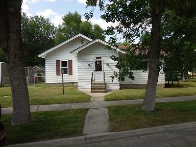 Laurel Single Family Home For Sale: 507 E 1st Street