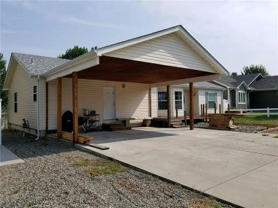 Single Family Home Contingency: 2913 Springfield Avenue