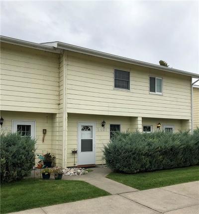 Condo/Townhouse For Sale: 3967 Cambridge Drive