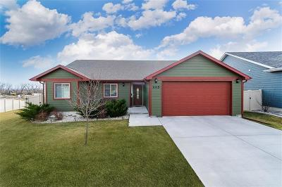 Single Family Home For Sale: 3015 Golden Acres Drive