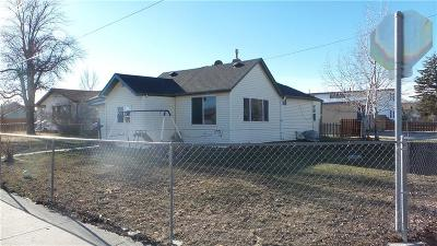 Single Family Home For Sale: 405 S Miles Avenue