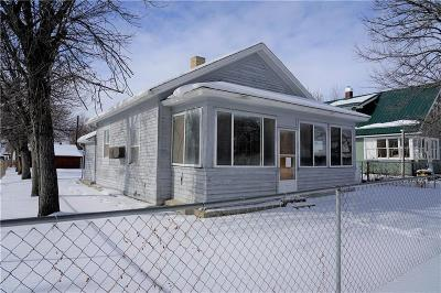 Single Family Home For Sale: 201 3rd Street East