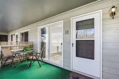 Condo/Townhouse Contingency: 2826 Oakland Drive #10