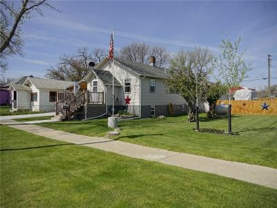 Single Family Home For Sale: 811 First Street East Street E