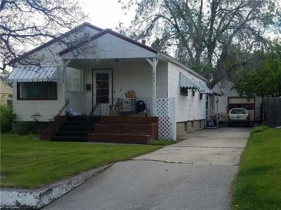 Single Family Home Contingency: 1212 Custer Avenue