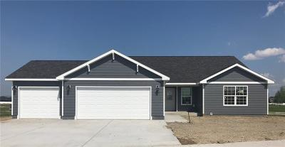 Single Family Home For Sale: 2439 Bontio Loop