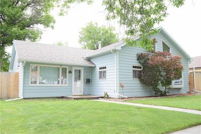 Single Family Home For Sale: 512 4th Avenue