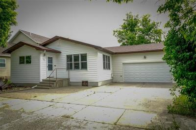 Single Family Home For Sale: 220 6th Street West