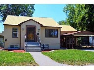 Single Family Home For Sale: 632 Miles