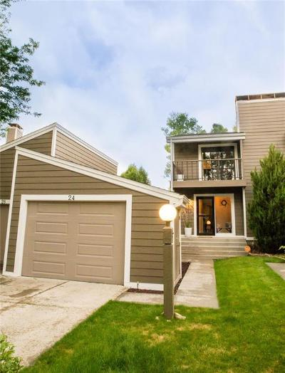 Condo/Townhouse Contingency: 24 Shadow Place