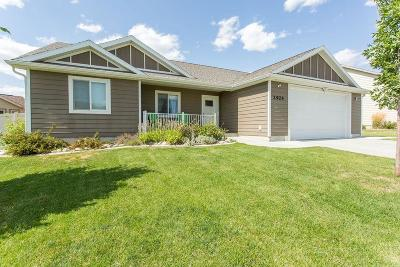 Single Family Home For Sale: 2924 Golden Acres Drive