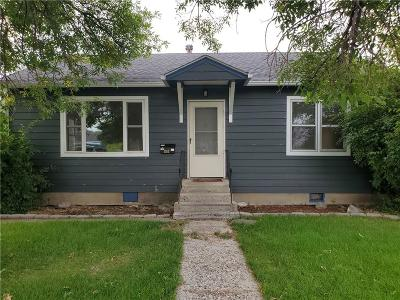 Single Family Home For Sale: 1810 Avenue C