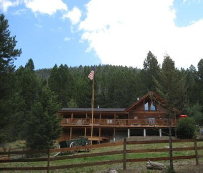 Butte Single Family Home ACTIVE: 393 Blacktail Canyon Rd