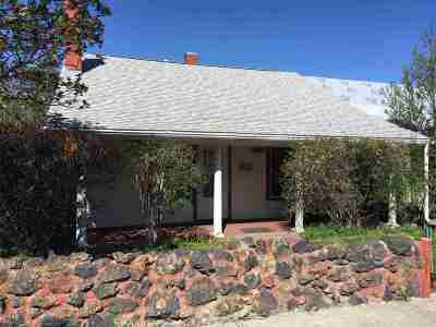Single Family Home UNDER CONTRACT-TAKE BKUPS: 521 S Clark