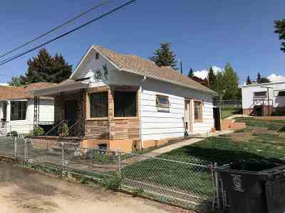 Single Family Home UNDER CONTRACT-TAKE BKUPS: 49 E La Platte